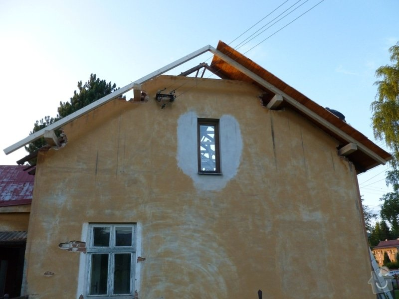 Oprava  krovu, pokládka krytiny Satjam: P1000067