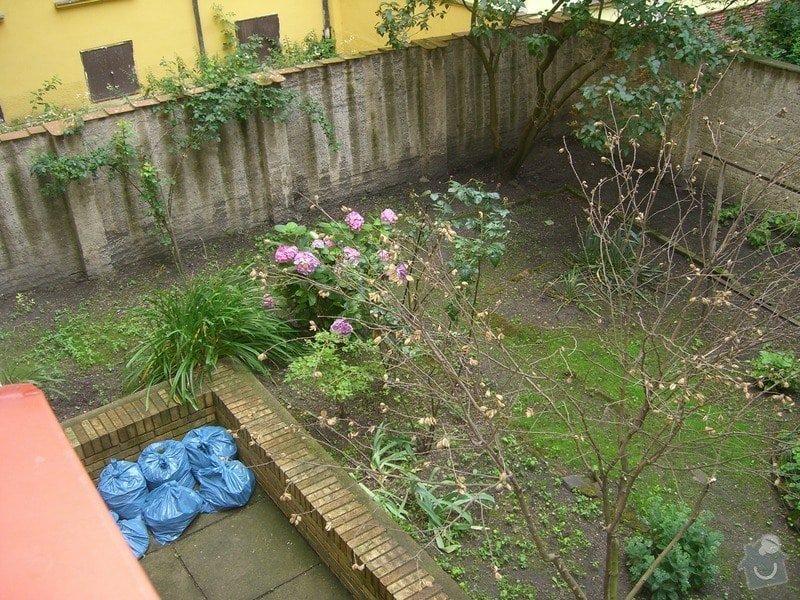 Revitalizace zahrady.: CIMG0043