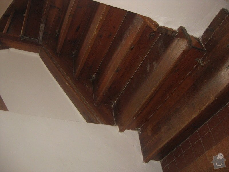 Brouseni a lakovani schodu: schody2