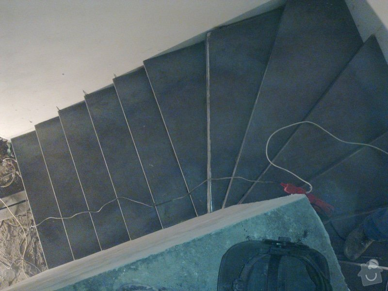Točité ocelové schody a plot: 100220131079