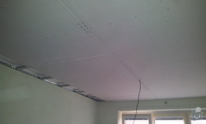 Oprava stropu a drobné úpravy elektro v bytě: 20130211_121852