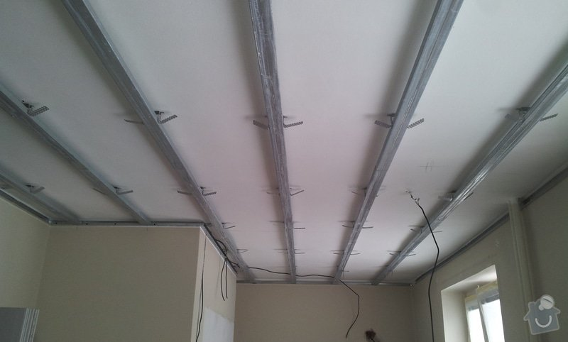 Oprava stropu a drobné úpravy elektro v bytě: 20130212_130920
