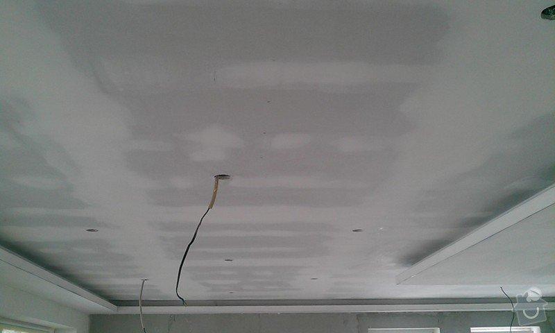 Podhled a světelné rampy v RD: IMAG0632
