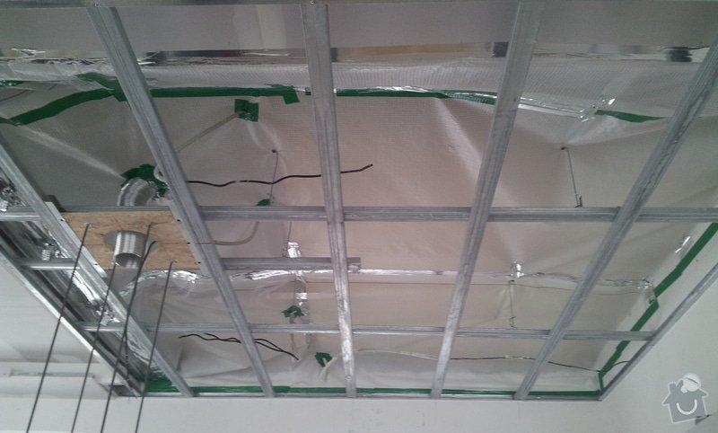 Podhled a světelné rampy v RD: 20130216_110016