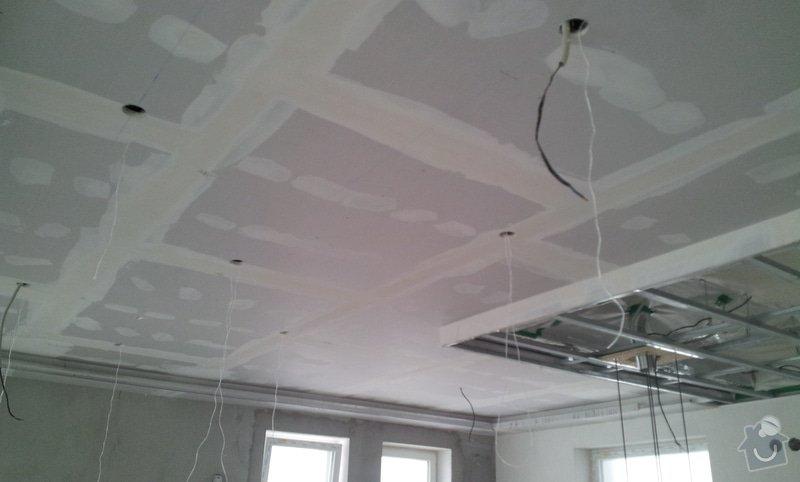 Podhled a světelné rampy v RD: 20130216_110125