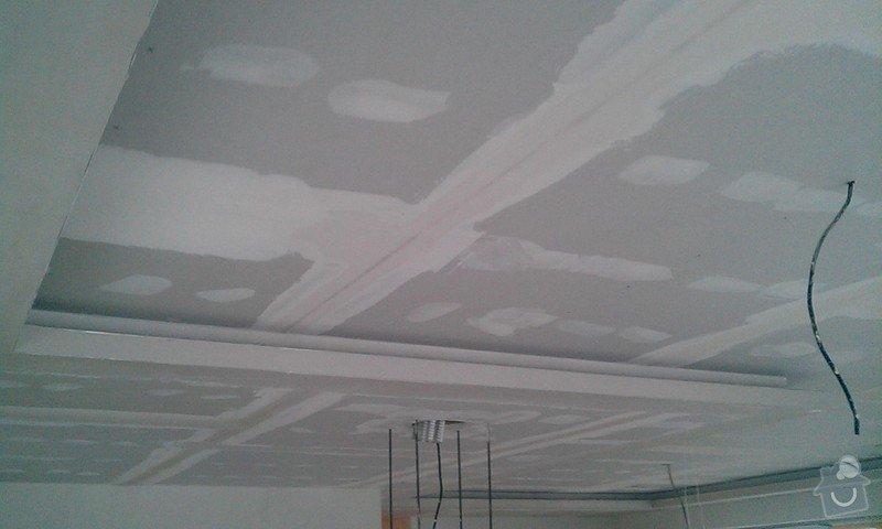Podhled a světelné rampy v RD: IMAG0621