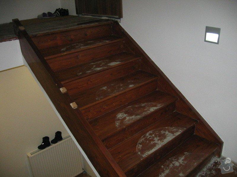 Rekonstrukci dřevěnného schodiště : IMG_7702