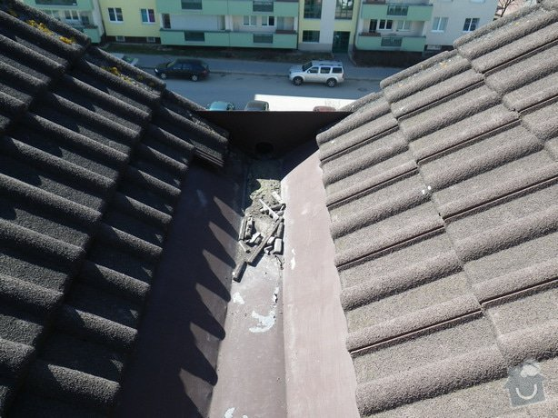 Odborné posouzení stavu střechy a technický dozor investora při provádění navržených nápravných opatření: IMGP9944