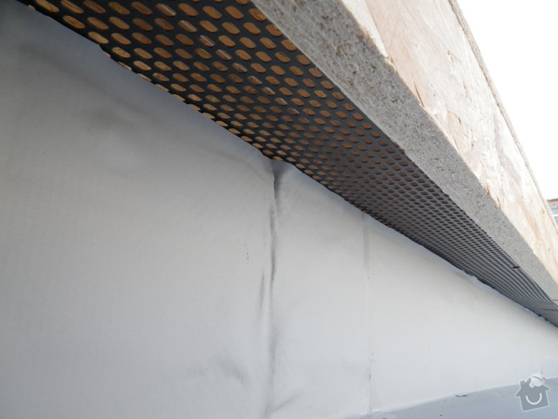 Odborné posouzení, návrh nápravných opatření a technický dozor investora při opravě střešního pláště: IMGP8718