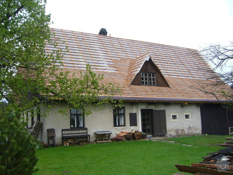 Rekonstrukce střechy: P1040463