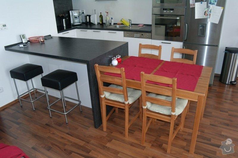 Potávka - dodělání kuchyňského stolu: SAM_3264