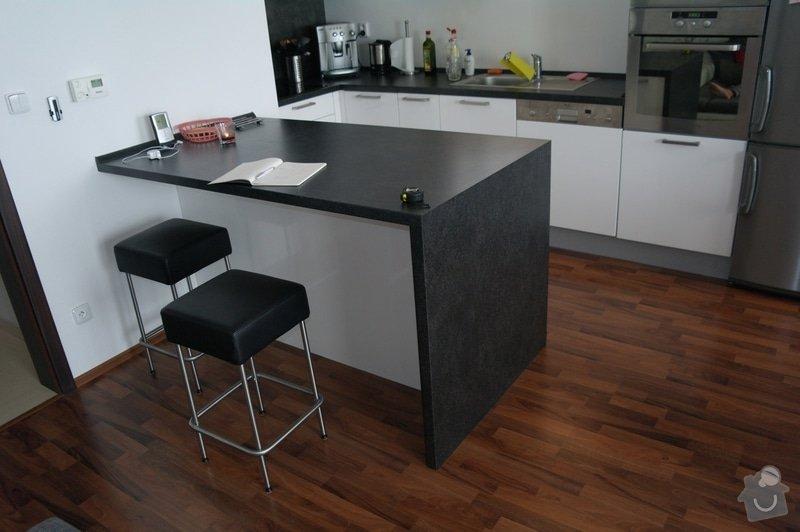 Potávka - dodělání kuchyňského stolu: SAM_3266