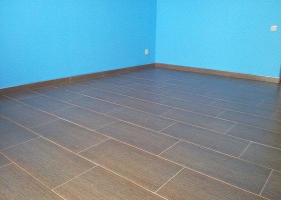 Rekonstrukce koupelny,málování pokojů,rekonstrukce podlahy.
