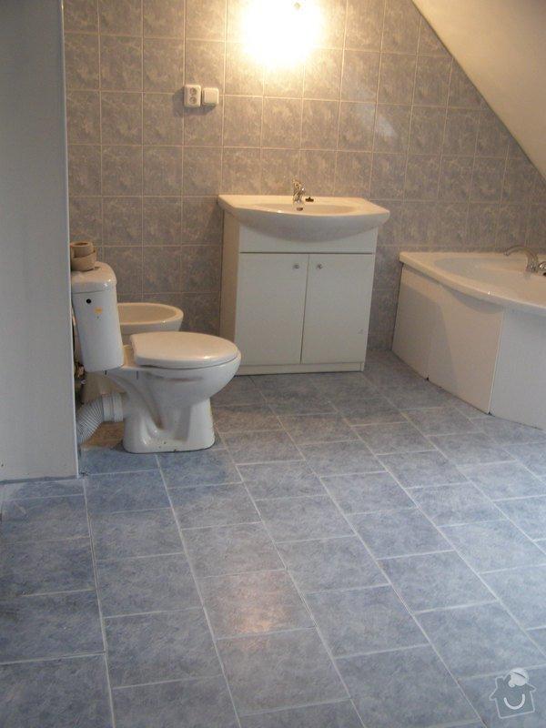 Obklad  koupelen v podkroví a přízemí,pokládka dlažby v přízemí: koup.podkrovikonecny_stav