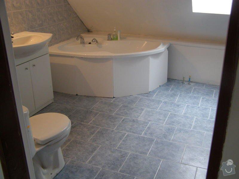 Obklad  koupelen v podkroví a přízemí,pokládka dlažby v přízemí: koupelna_podkrovi_konec