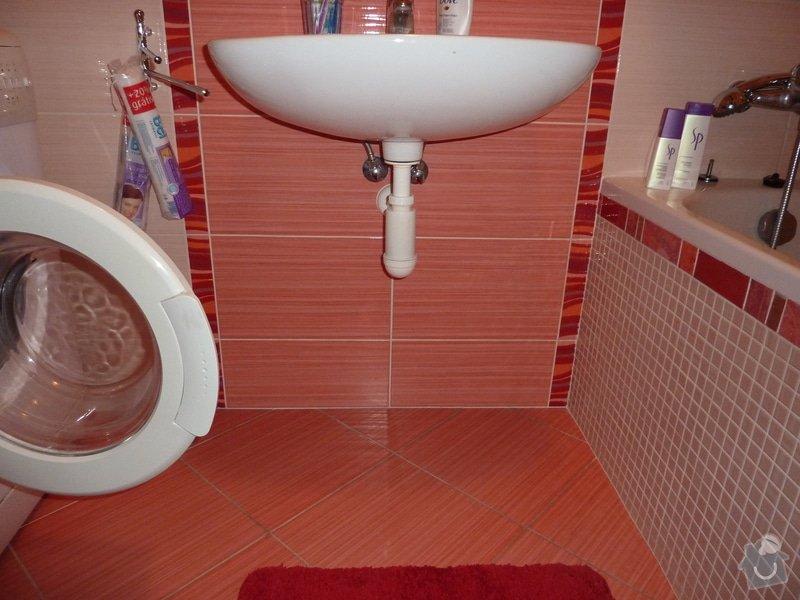 Truhlářské práce, koupelnový nábytek. 3 skříňky: P1060109