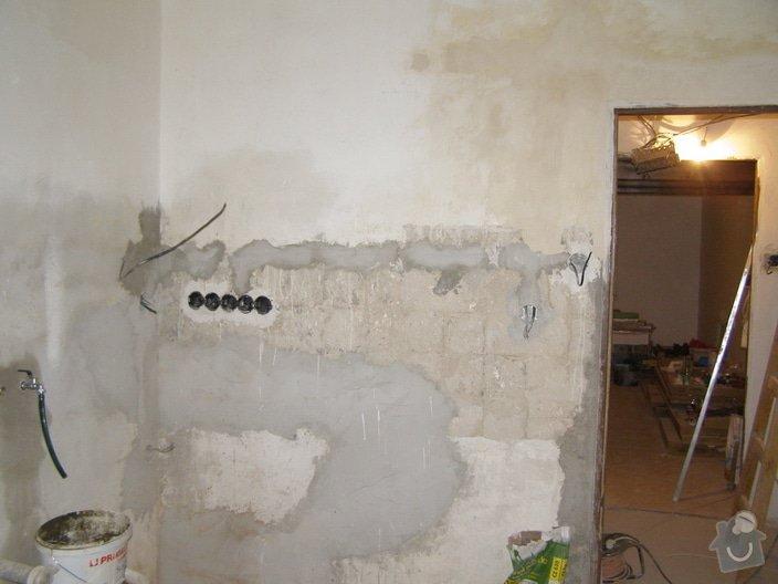 Rekonstrukce a přestavba bytu 3+1: PB220015