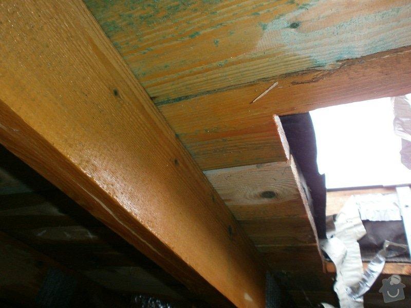 Oprava střechy bytového domu: P2240329