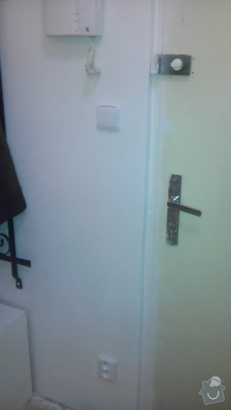 Rekonstrukce staré elektroinstalace (2 pokoje + chodba): IMAG1395