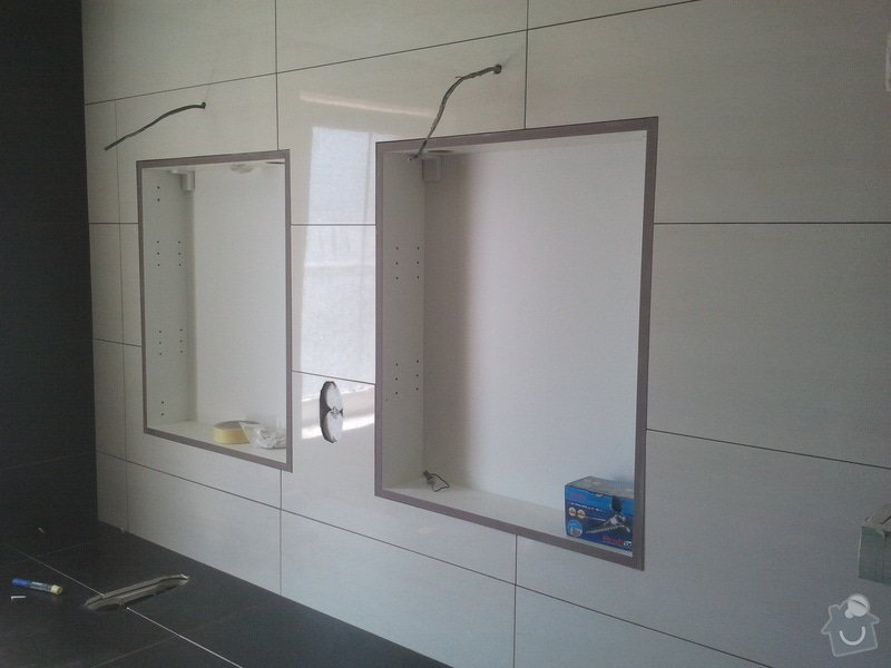 Pokladka obkladu v koupelne: 2012-08-18_13.11.27