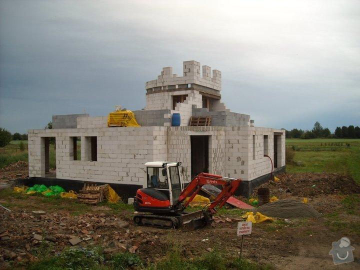Dokončení hrubé stavby RD: 77145_142944582421757_5687048_n