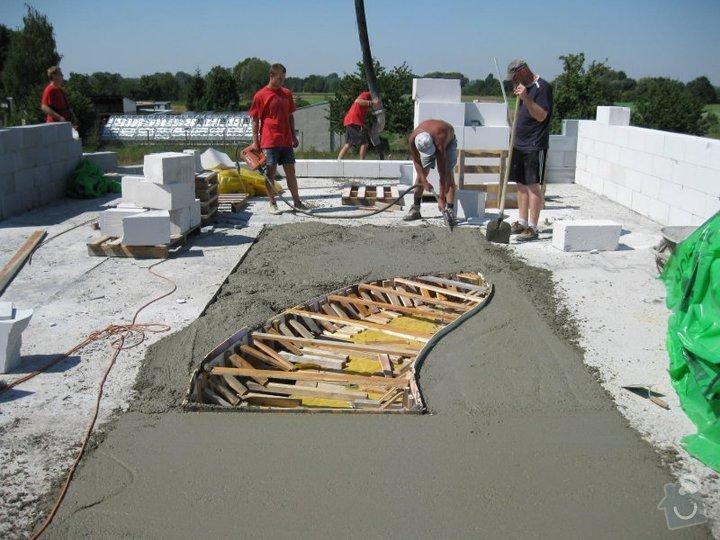 Dokončení hrubé stavby RD: 149958_142096475839901_4330056_n