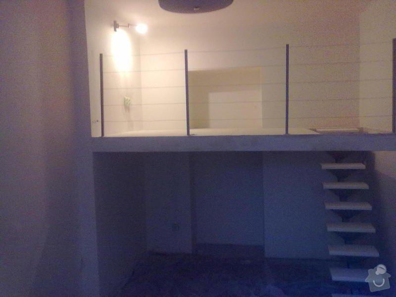 Patro na spaní, schody,osvětlení,zábradlí,podlaha.: a_185