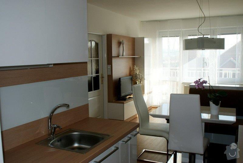 Návrh a rekonstrukce kuchyně, jídelního koutu a obýváku: DSC02040