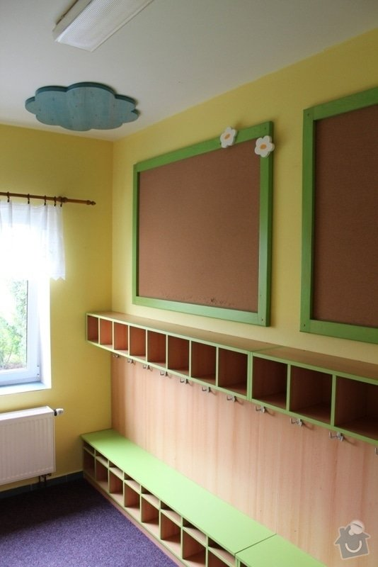 Návrh a realizace obložení a vybavení nábytkem chodby MŠ: IMG_3187