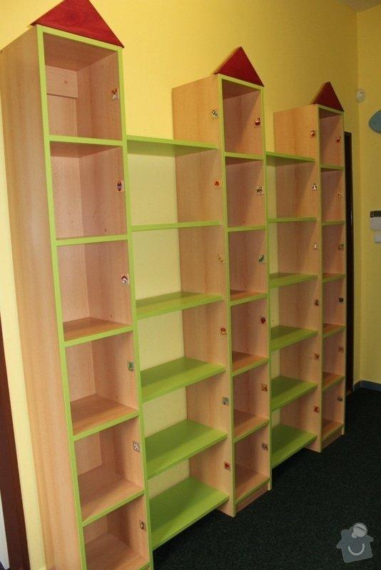 Návrh a realizace obložení a vybavení nábytkem chodby MŠ: IMG_3244