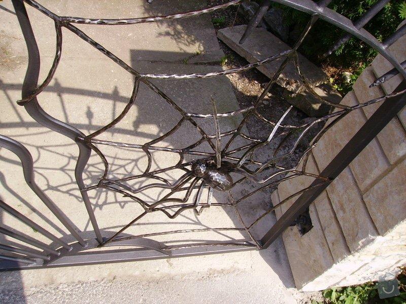 Kovaná vrata: IMGP1672