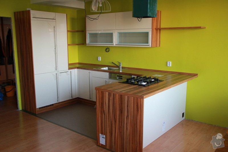 Lacobel za kuchyňskou linku: IMG_2267