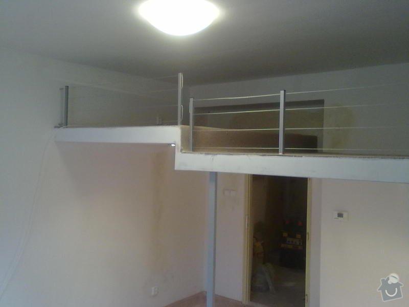 Patro na spaní, schody,osvětlení,zábradlí.: Patro_Pod_skolou_005