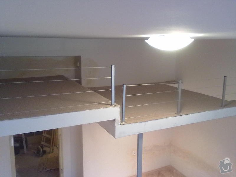 Patro na spaní, schody,osvětlení,zábradlí.: Patro_Pod_skolou_012