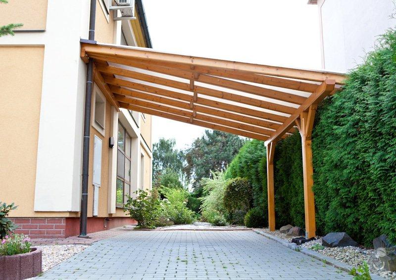 Výroba dřevěného zastřešení, konstrukce: 20110819190333