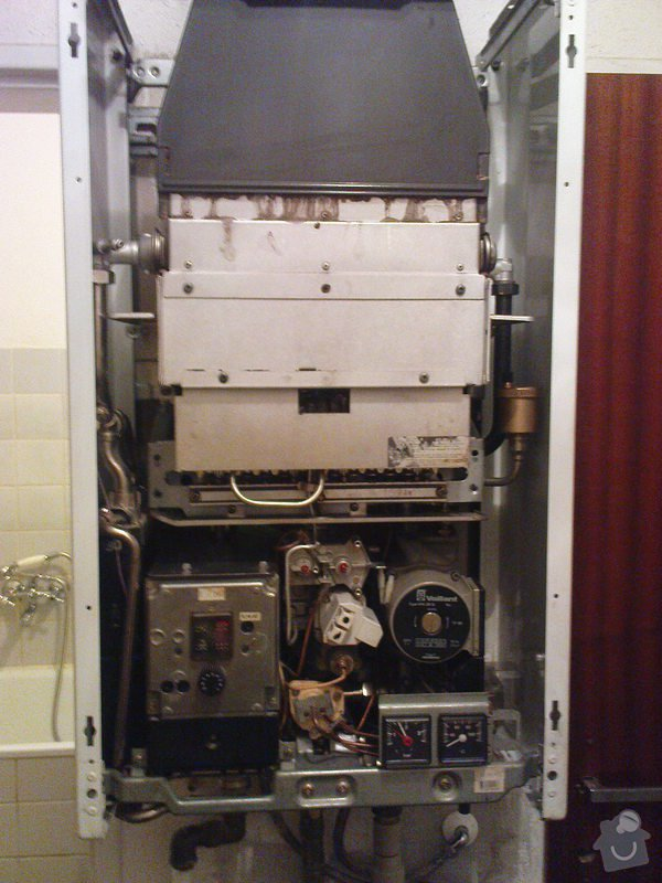 Servis kotle Vaillant a oprava ohřevu TUV a ÚT: DSC00593