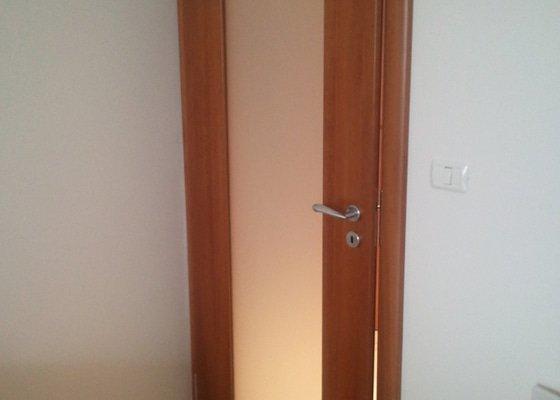 Oprava interiérových dveří (případně zavěšení)