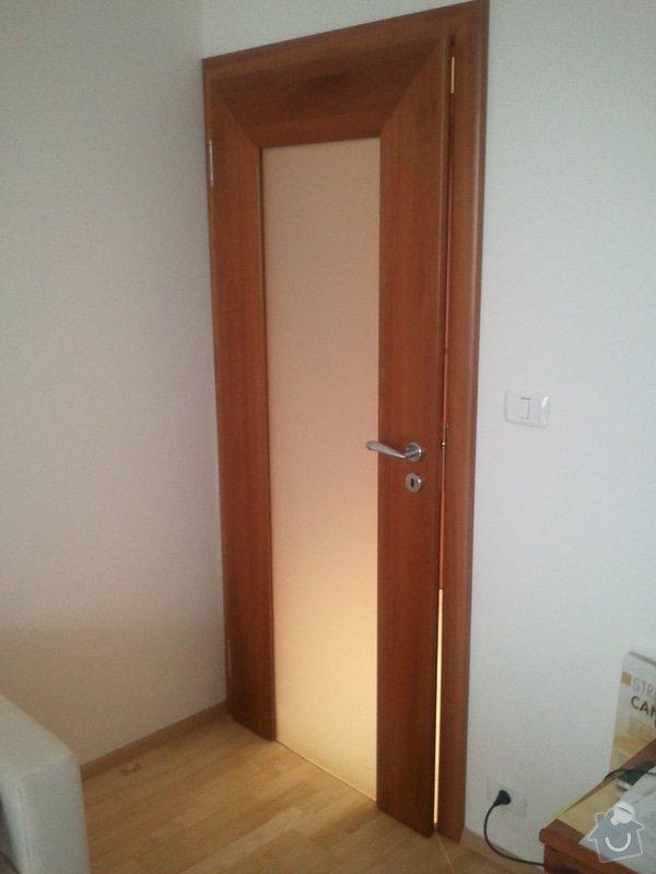 Oprava interiérových dveří (případně zavěšení): 20130313_093824