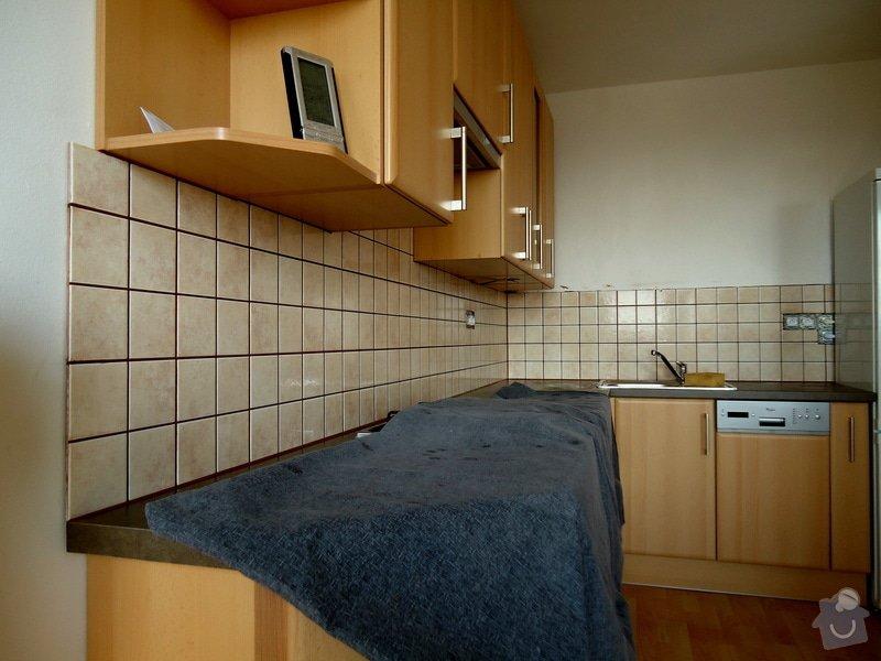 Obklad mezi kuchyňskou  linkou: 02