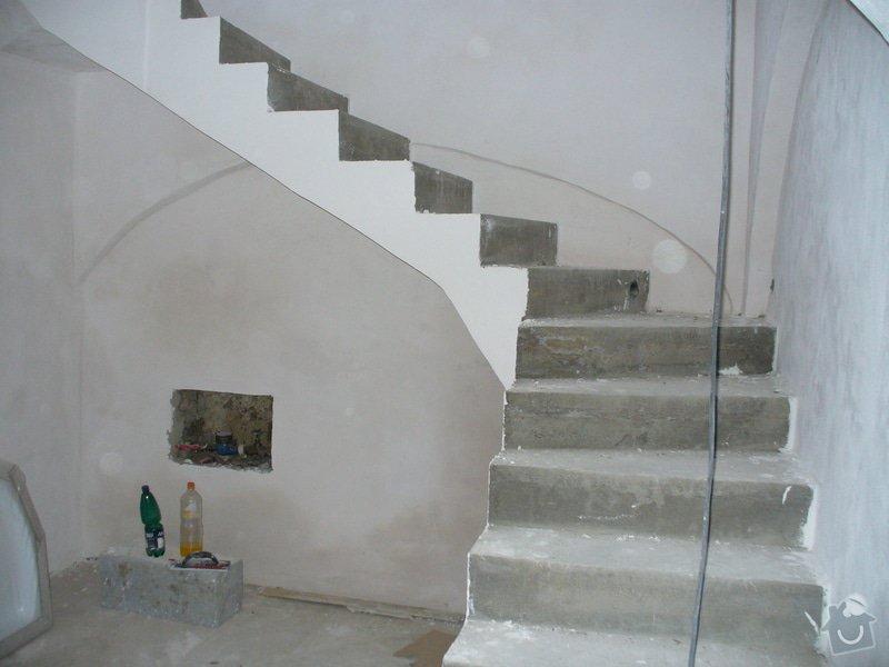 Půdní vestavba ze sádrokartonu, stavba komínu, zhotovení vstupního schodiště - Lány: schodiste_Lany_6