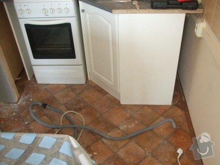 Rekonstrukce kuchyně, obývacího pokoje a ložnice: DSCF2881