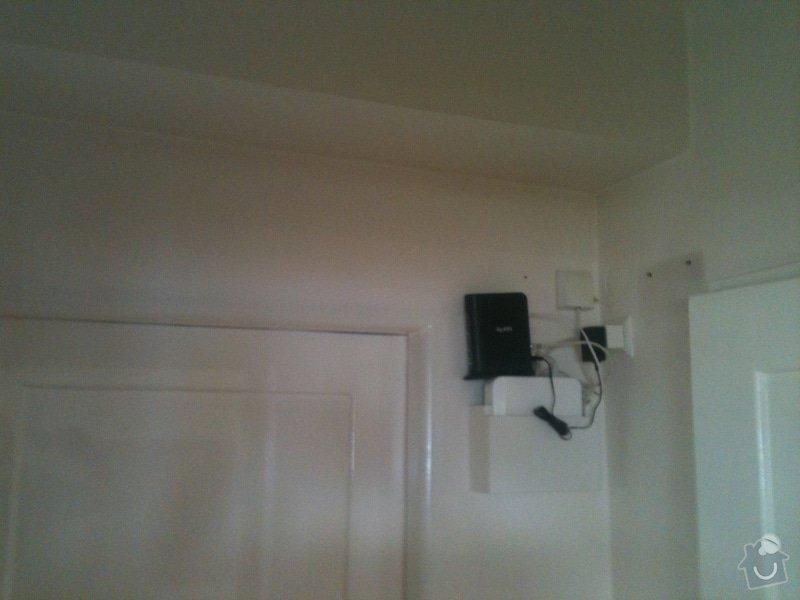 Zhotovení malé dřevěné poličky/skříňky na zeď pro schování modemu a wifi routeru: IMG_1189