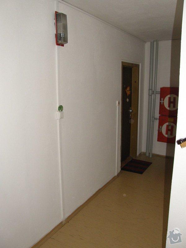 Přístavba chodby v panelovém domě: Chodba_stavajici_002