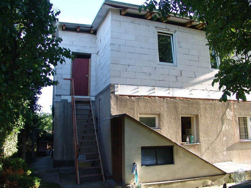 Venkovní schodiště do patra: pohled-na_schodiste