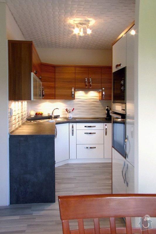 Výroba a montáž kuchyně: IMG_0849
