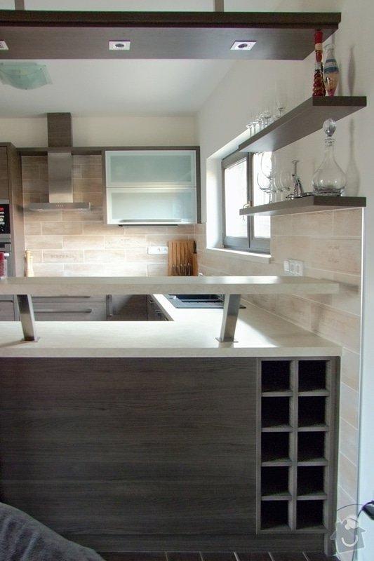 Výroba a montáž kuchyně: 031