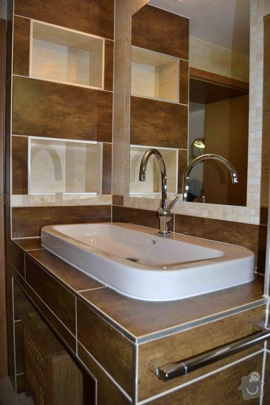 Rekonstrukce koupelny,obklad za kuchyňskou linkou, dlažba v kuchyní, chodbě, obýváku a schodu, drobné zednické práce: 0_2_