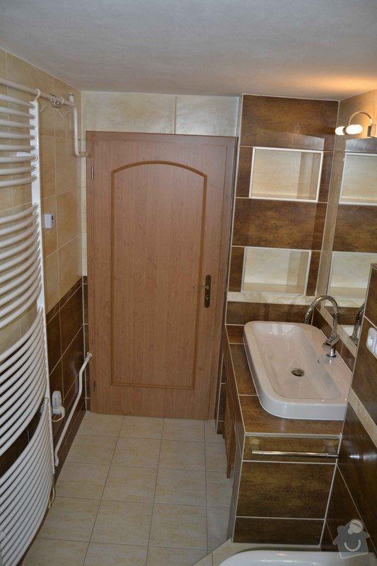 Rekonstrukce koupelny,obklad za kuchyňskou linkou, dlažba v kuchyní, chodbě, obýváku a schodu, drobné zednické práce: 0_3_