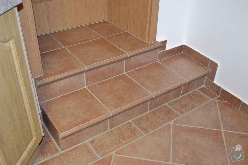 Rekonstrukce koupelny,obklad za kuchyňskou linkou, dlažba v kuchyní, chodbě, obýváku a schodu, drobné zednické práce: 0_5_