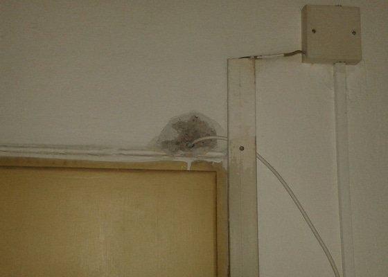 Malířské práce (3 pokoje, chodba a sociální zařízení)